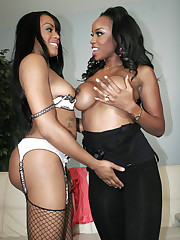 Two lesbian sistas lapping at pussy like they are chocolate