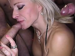 Beautiful bukkake fro a blonde
