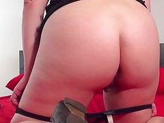 chubby short haired mature lady playing with her body